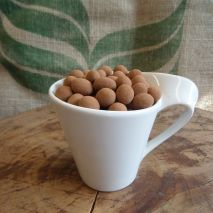 Truffle dusted chocolate covered beans (Item ID:22178)
